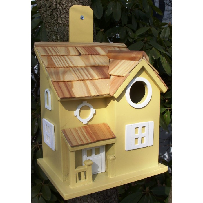 A Delightful And Decorative Cottage Style Bird House
