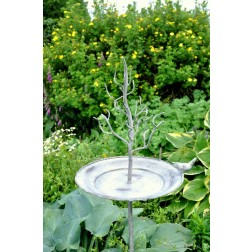 Tree Stake Bird Feeder