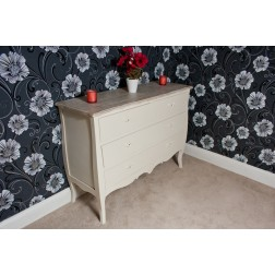 Casamoré Devon 2 Over 2 Chest of Drawers