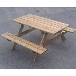 The Boulogne Wooden Picnic Table