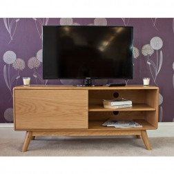 Retro Style Oak TV Unit
