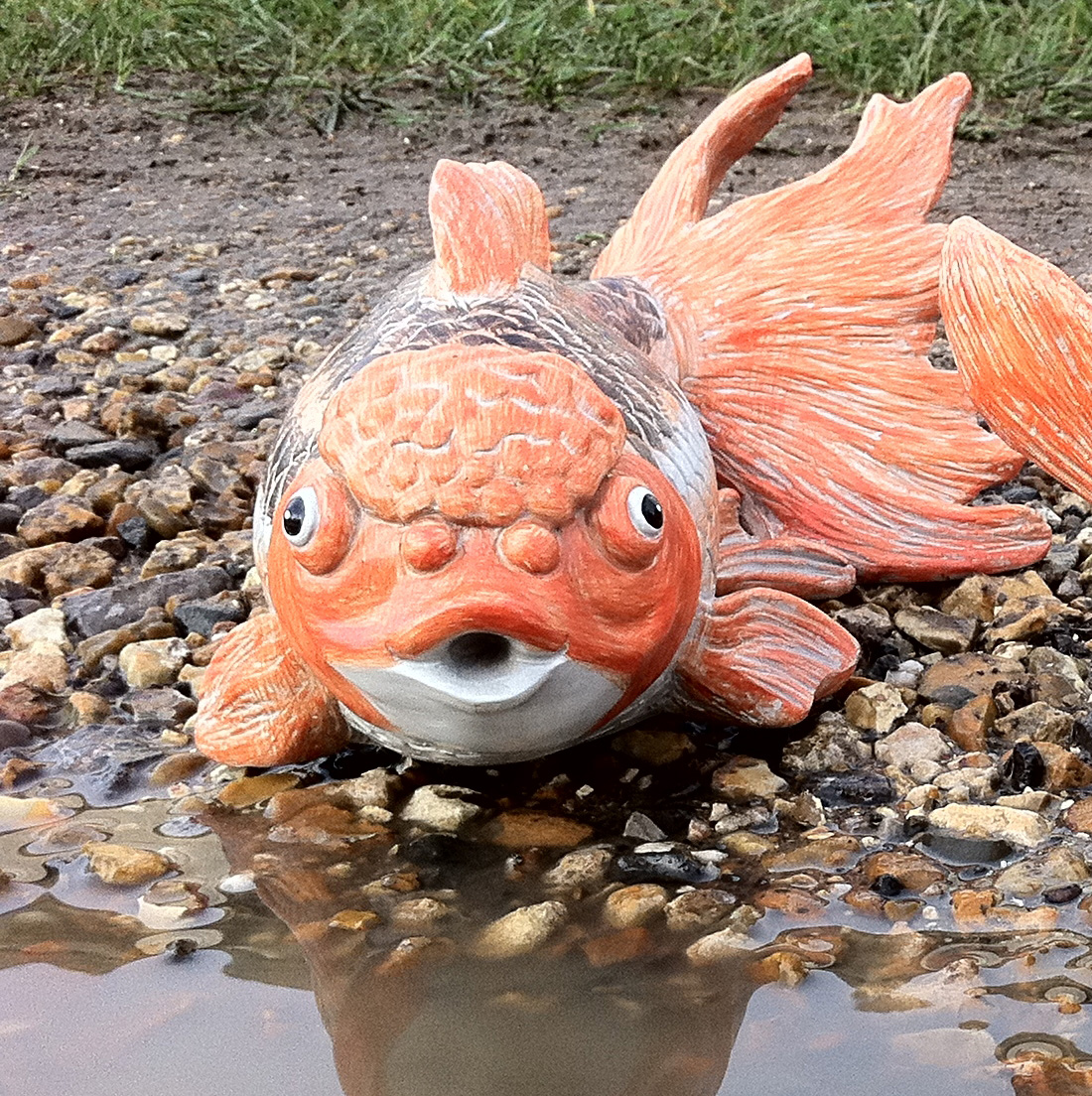Stsatuette For Outdoor Ponds: GARDEN POND LARGE FISH INDOOR OUTDOOR RESIN ORNAMENT