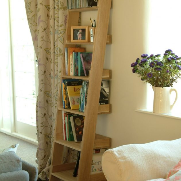 Small Raw Oak Bookshelf Ladder -0