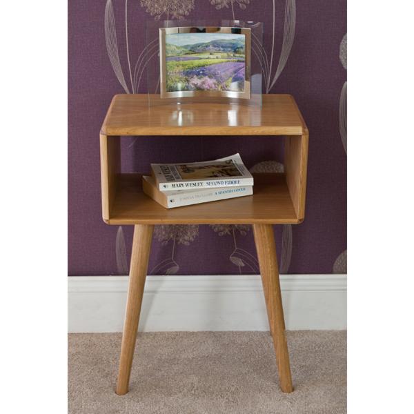 Casamoré Retro Oak Bedside Table_2