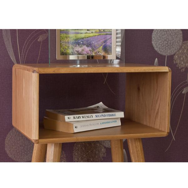 Casamoré Retro Oak Bedside Table_5