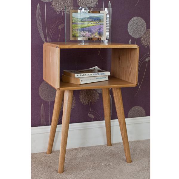 Casamoré Retro Oak Bedside Table_3
