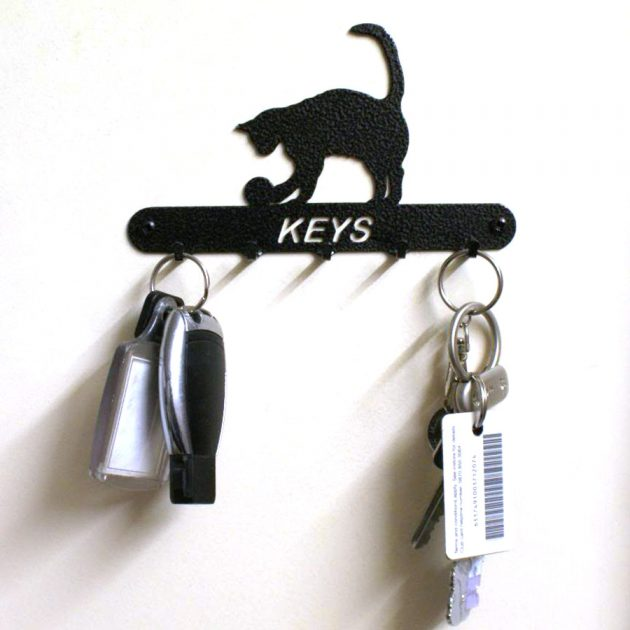 Cat & Ball Key Holder